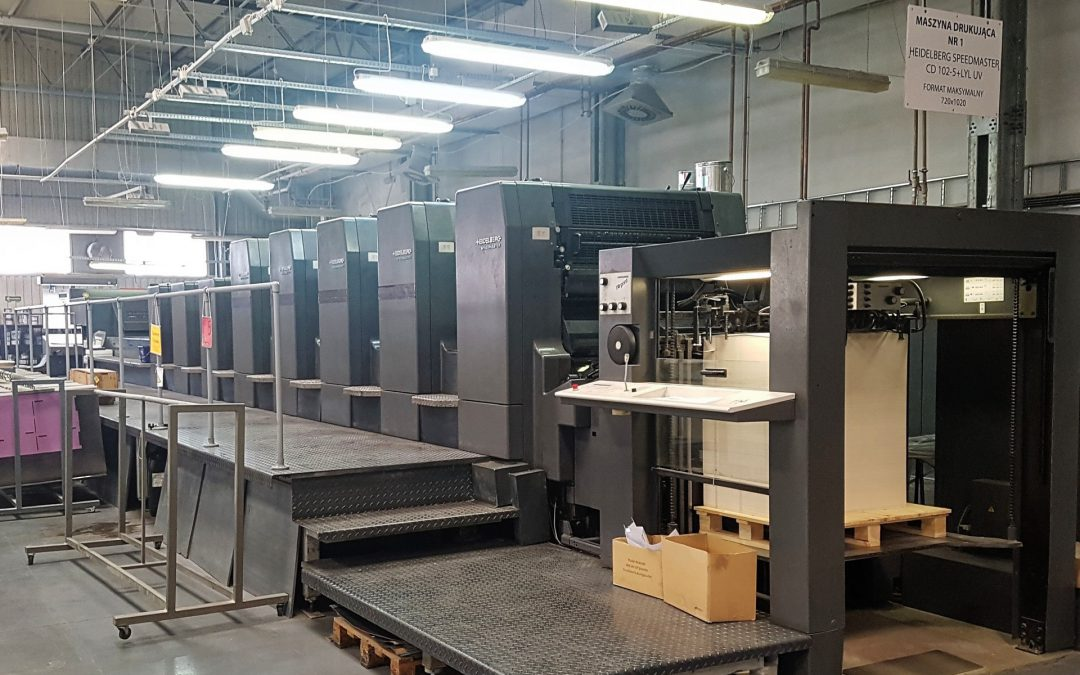 Heidelberg CD 102-5 + LYL (UV) – five colours press with double coater + UV